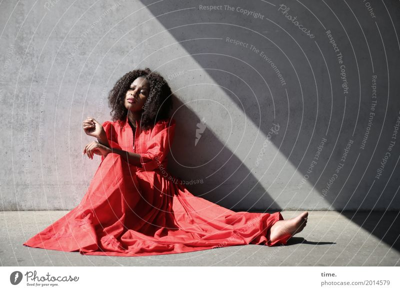 arabella Feminine Woman Adults 1 Human being Wall (barrier) Wall (building) Dress Barefoot brunette Long-haired Curl Afro Observe Relaxation Looking Sit Wait