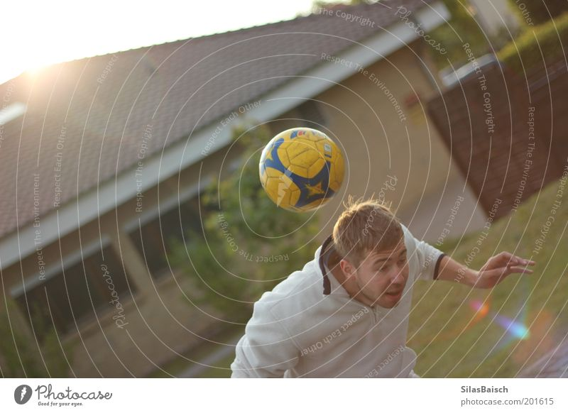 Youth (Young adults) House (Residential Structure) Sports Playing Movement Garden Leisure and hobbies Soccer Young man Soccer player Sportsperson Looking Header