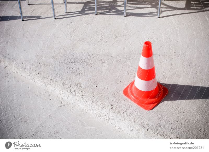 Pan Taus leisure hat Construction site Collateralization Barrier Traffic cone traffic caps Hat guiding cone traffic safety Chair Chair leg Transport Concrete