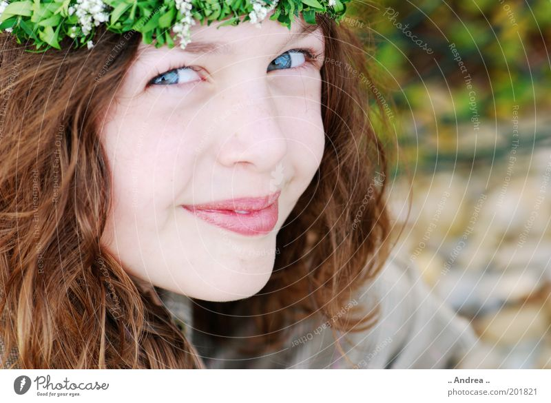 dance in may Feminine Think Small Portrait photograph Brunette Longing Beautiful Friendliness Expectation Face Eyes Youth (Young adults) Joy Happy Flower wreath