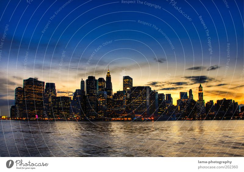 famous Sky Horizon Sunrise Sunset Waves Coast River bank New York City Manhattan USA Americas Skyline House (Residential Structure) High-rise Bank building