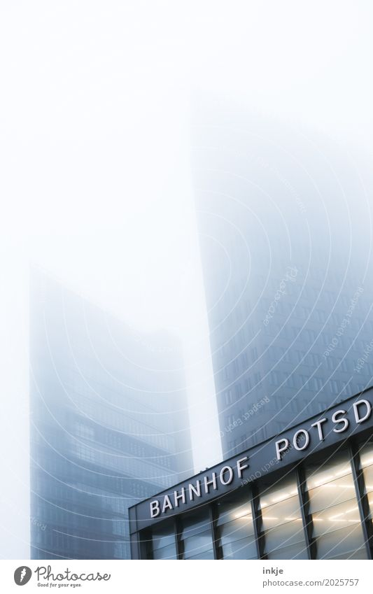 BAHNHOF POTSD Climate Bad weather Fog Capital city Deserted House (Residential Structure) High-rise Bank building Train station Building Architecture Facade