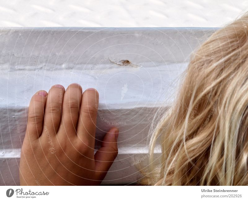 Look over edge (AST HH 5/10) Hair and hairstyles Trip Child Boy (child) Head Hand Fingers Navigation Watercraft Blonde Long-haired To hold on Small Caution Hide