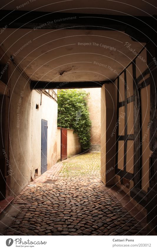 City Wall (building) Architecture Wall (barrier) Bright Empty Village Historic Cobblestones Backyard Paving stone Corridor Courtyard Passage Old town