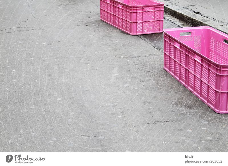 GIRL GATE Places Packaging Plastic packaging Gray Pink Hope Box Crate Containers and vessels Street Arrangement System Orderliness Asphalt Expressionless