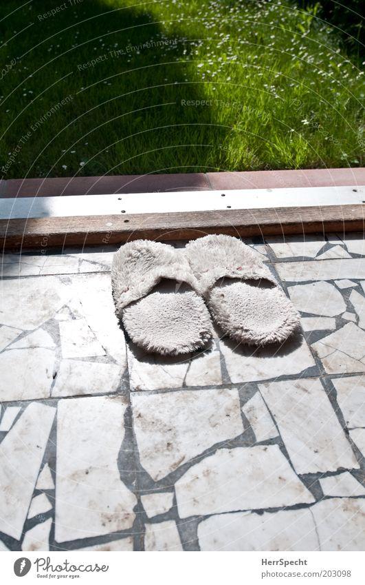 Outside barefoot only Living or residing Flat (apartment) Garden Flower Grass Deserted Terrace Stone Green Black White Slippers Marble Mosaic Doorstep Lawn