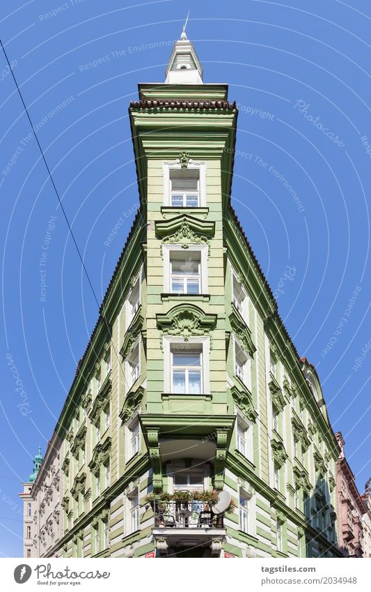 POINTED BUILDING House (Residential Structure) Point tapered Building Prague house corner Corner building Green Old building Domicile reside Vacation & Travel