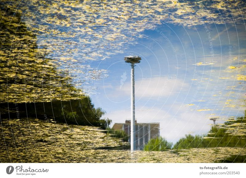 Sky Water Blue Clouds House (Residential Structure) Yellow Lake Dirty Perspective River Lakeside Street lighting Pond Environmental protection Bremen