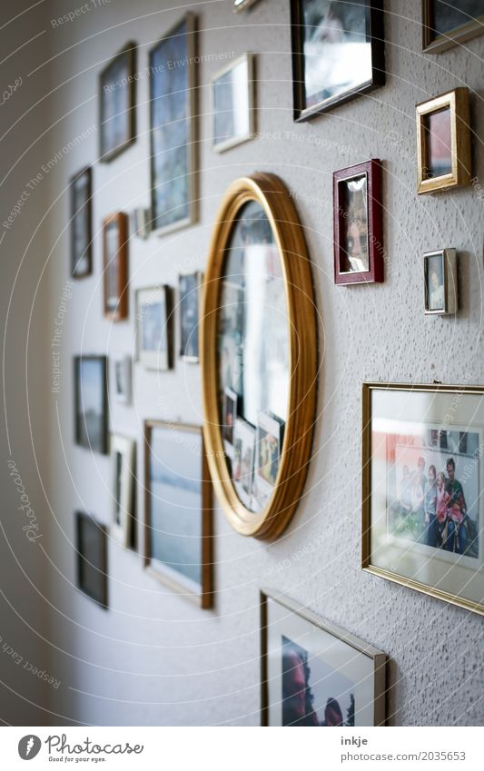 3300 | Pictures Lifestyle Style Living or residing Flat (apartment) Decoration Collection Picture frame Image bundle Nostalgia Family & Relations Difference