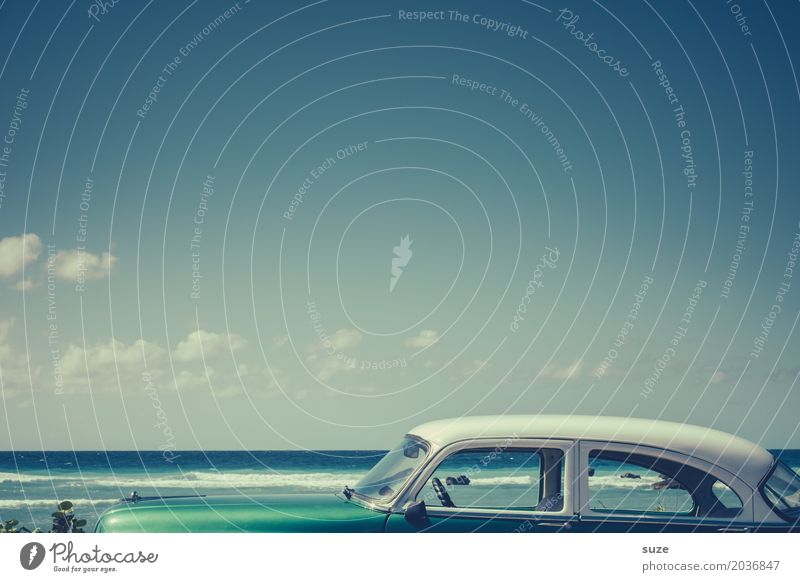 attic Lifestyle Luxury Design Vacation & Travel Summer Summer vacation Beach Ocean Horizon Coast Means of transport Car Taxi Vintage car Old Exceptional