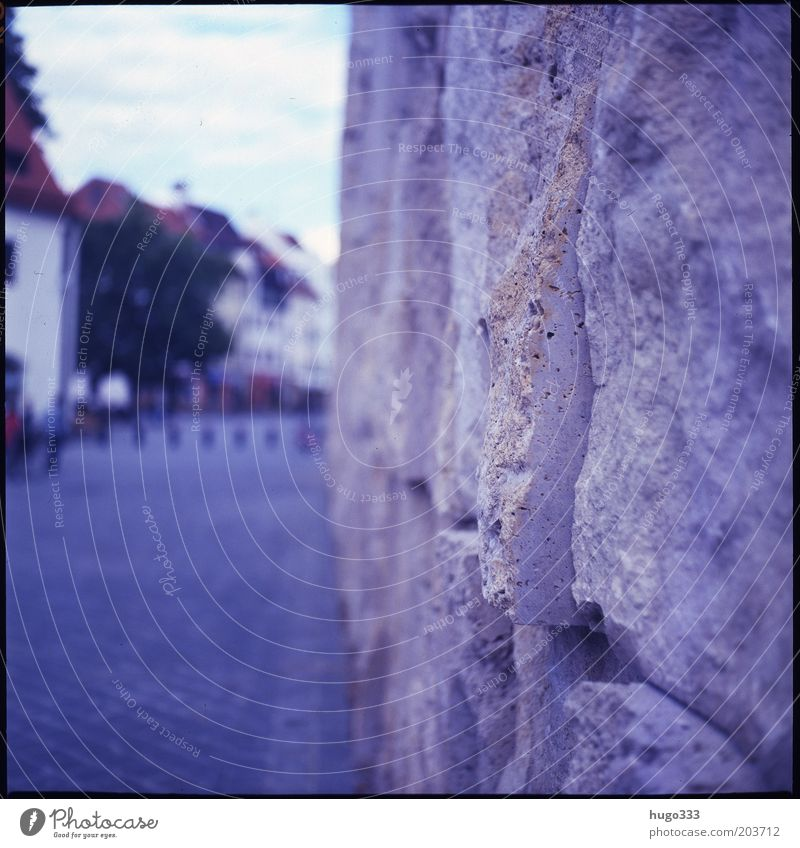 Blue Wall (building) Stone Wall (barrier) Architecture Facade Esthetic Film Munich Manmade structures Bavaria Downtown Sharp-edged Tourist Attraction Medium format