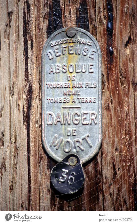 danger de morte France Electricity Industry Signs and labeling Warning label