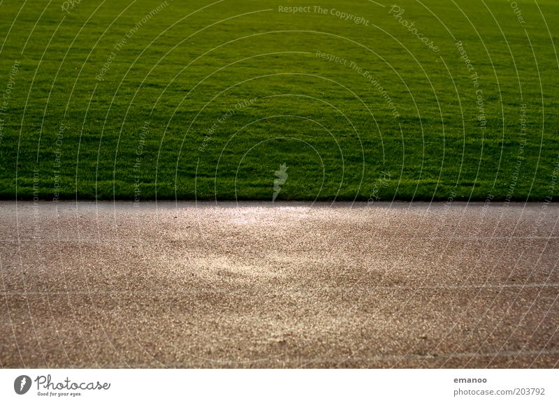 lawn Sporting Complex Football pitch Grass Wet Green Grass surface Tartan Racecourse Line Rain Places Structures and shapes Sporting grounds Colour photo