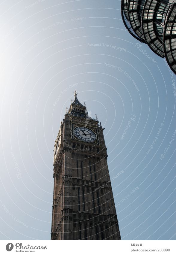 Vacation & Travel Architecture Time Large Clock Tower Manmade structures London Monument Landmark Downtown Sightseeing Capital city Tourist Attraction Blue sky