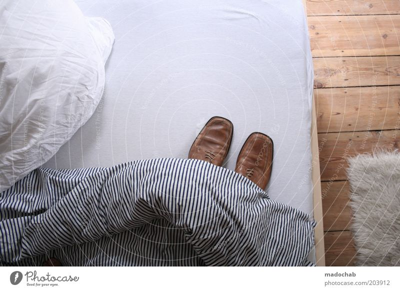Footwear Room Flat (apartment) Lifestyle Bed Kitsch Living or residing Mysterious Interior design Whimsical Bizarre Blanket Bedroom Bedclothes Duvet Floorboards