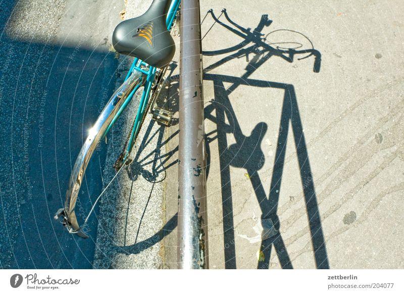 Bicycle Broken Handrail Iron Bicycle frame Scrap metal Bicycle saddle Saddle Ready for scrap Bulk rubbish