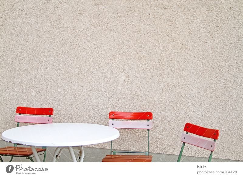 Red Calm Wall (building) Wall (barrier) Pink Facade Table Empty Chair Furniture Trashy Seating Copy Space right Lounges Folding chair Wooden chair
