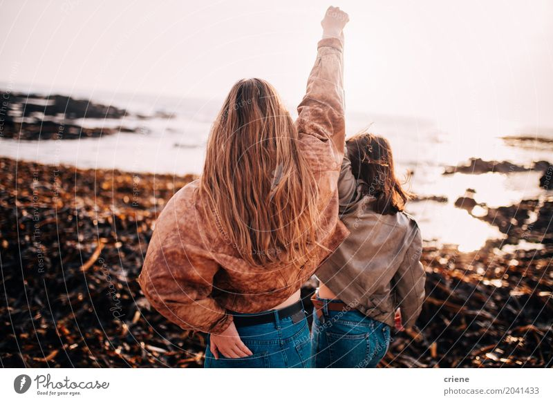 Friends cheering with hands up in the air Lifestyle Joy Happy Vacation & Travel Freedom Beach Feasts & Celebrations Feminine Young woman Youth (Young adults)