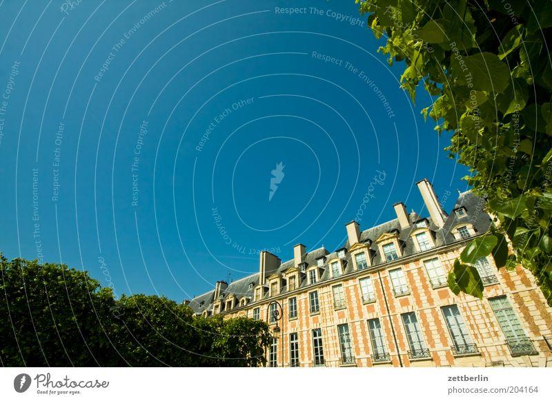Place des Vosges France Paris Capital city Places victor hugo Facade Window Glazed facade marais Sky Blue Summer Vacation & Travel City trip Tourism Copy Space