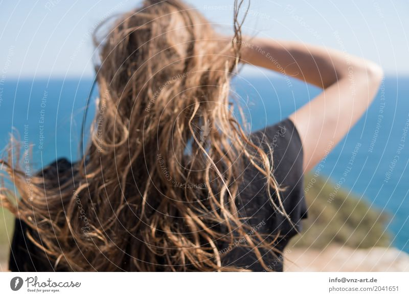 Wind&Summer Human being Feminine Young woman Youth (Young adults) Woman Adults Hair and hairstyles 1 18 - 30 years Sky Sun Coast Lakeside Beach Bay Warmth Moody