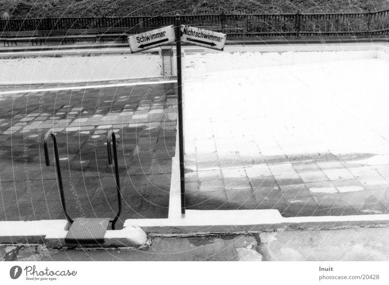 Swimmer | Non-swimmer Swimming pool Empty Sebnitz Extreme sports Black & white photo Basin Swimming & Bathing
