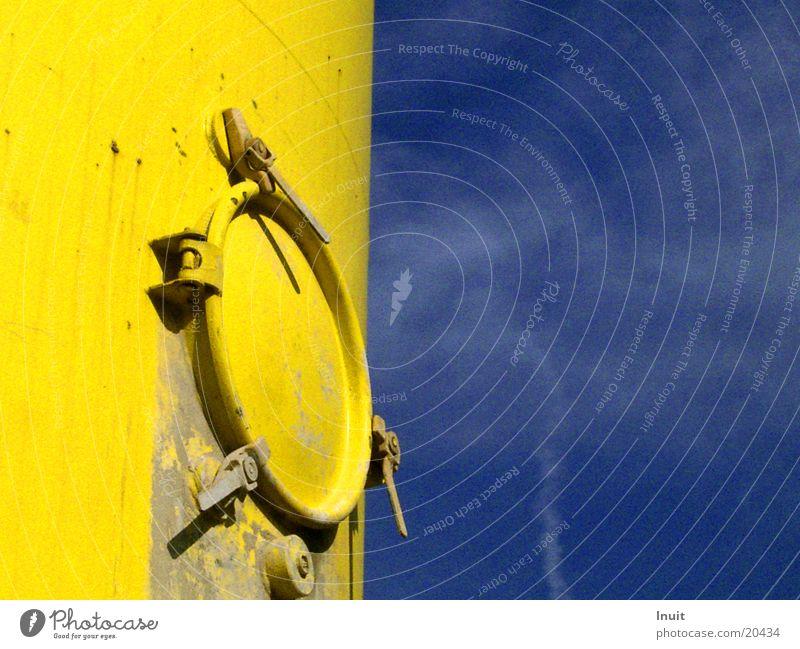 silo Yellow Hatch Electrical equipment Technology Sky Blue mortar silo Contrast Door