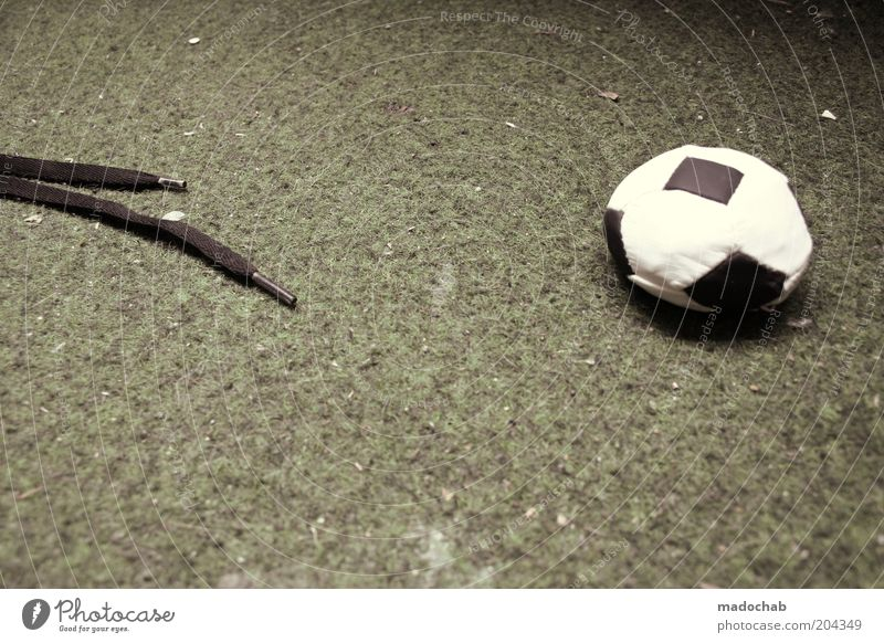 Sports Soccer Foot ball Esthetic Ball Target Trashy Bizarre Footwear Loser Human being Ball sports Shoelace Final whistle