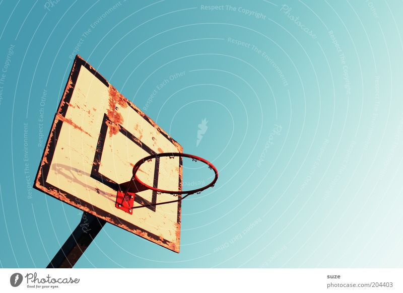 Sky Old Loneliness Sports Leisure and hobbies Empty Broken Beautiful weather Basket Cloudless sky Basketball Basketball basket Ball sports