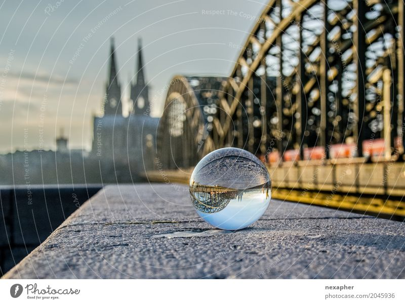 Glass bowl and dome Tourism Sightseeing City trip Culture Town Downtown Old town Skyline Church Dome Bridge Wall (barrier) Wall (building) Tourist Attraction