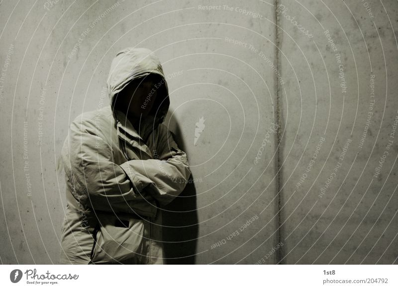 nobody Hallowe'en Human being Masculine 1 Jacket Coat Hooded (clothing) Parka Freeze Wait Dark Creepy Patient Calm Fear Poverty Bizarre Loneliness Survive