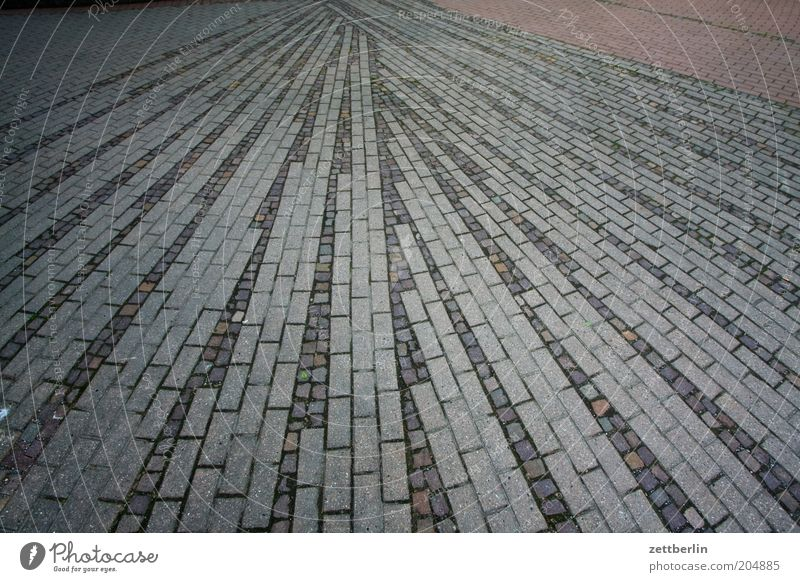 Stone Arrangement Ground Floor covering Sidewalk Geometry Symmetry Paving stone Seam Center point Colour Guide Vanishing point