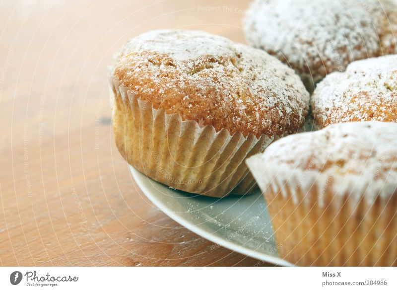 Right(top) for Lili Food Dough Baked goods Cake Dessert Nutrition To have a coffee Finger food Plate Small Delicious Juicy Sweet Muffin Confectioner`s sugar
