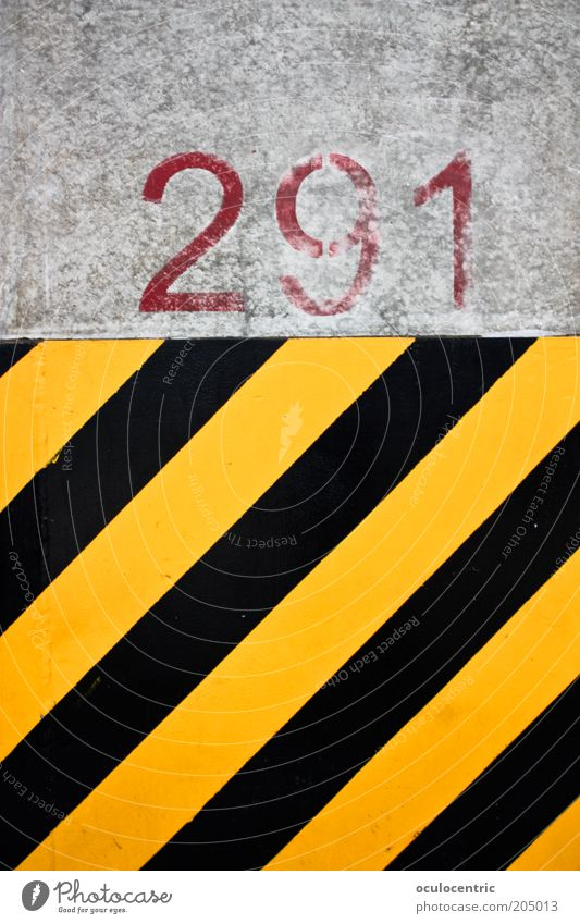 Black Yellow Wall (building) Wall (barrier) Stripe Diagonal Warning label Warn Gaudy Light Limitation Warning colour Warning stripes