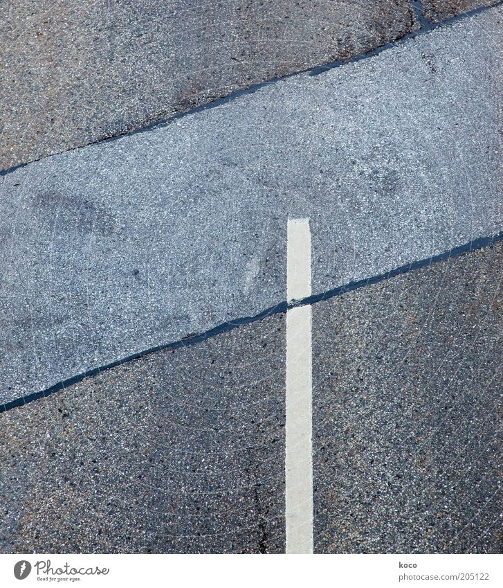 minimum Traffic infrastructure Road traffic Street Crossroads Concrete Road sign Line Sharp-edged Under Blue Gray White Symmetry Lanes & trails Subdued colour