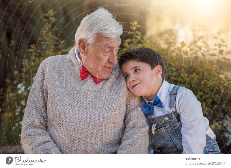 grandparent with grandchild smiling outdoor Lifestyle Human being Masculine Child Toddler Boy (child) Grandparents Senior citizen Grandfather Family & Relations