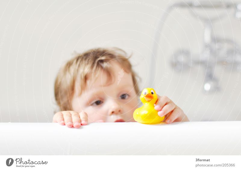 Human being Child Hand White Face Yellow Playing To talk Head Happy Infancy Sit Swimming & Bathing Skin Natural Safety