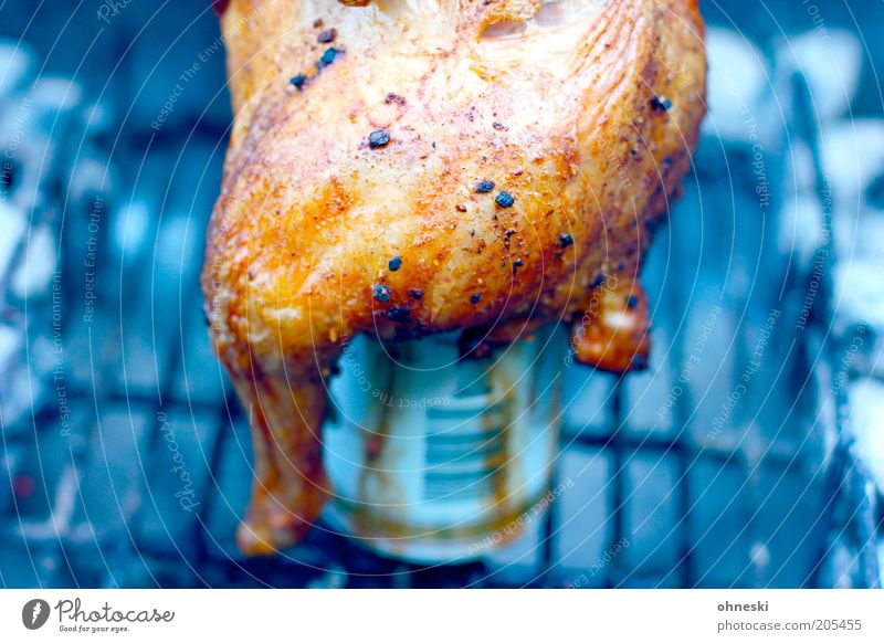 beer chicken Food Meat Chicken Poultry Nutrition Lunch Dinner Barbecue (apparatus) Barbecue (event) Colour photo Exterior shot Contrast Shallow depth of field