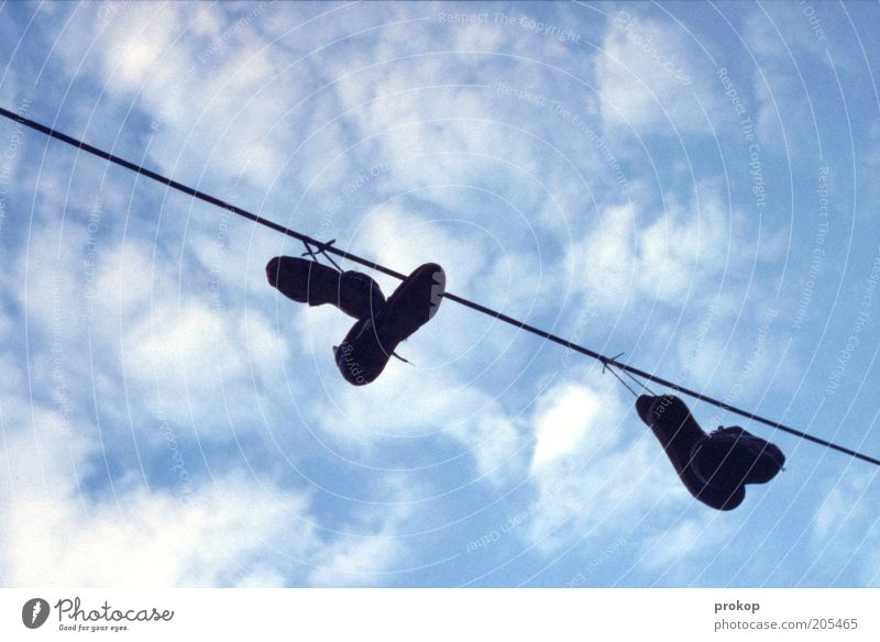 Sky Clouds Footwear Line String Dry Hang Sneakers Clothesline Skyward