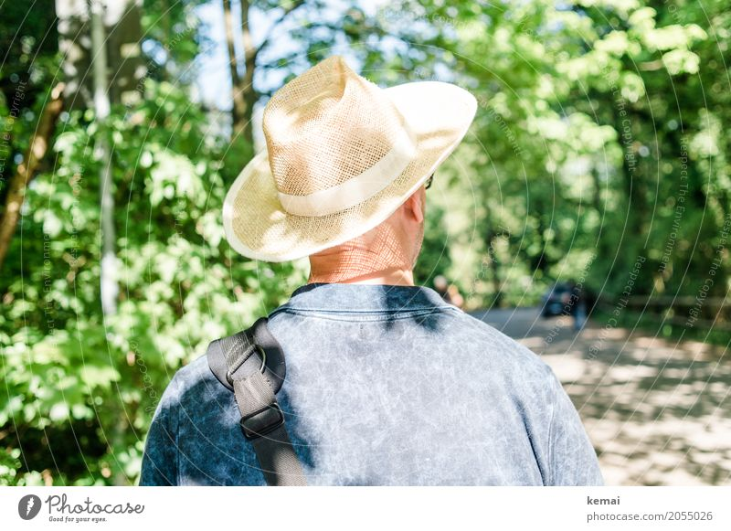 AST10 | The Man with the Straw Hat Lifestyle Style Harmonious Well-being Contentment Relaxation Calm Leisure and hobbies Vacation & Travel Tourism Trip