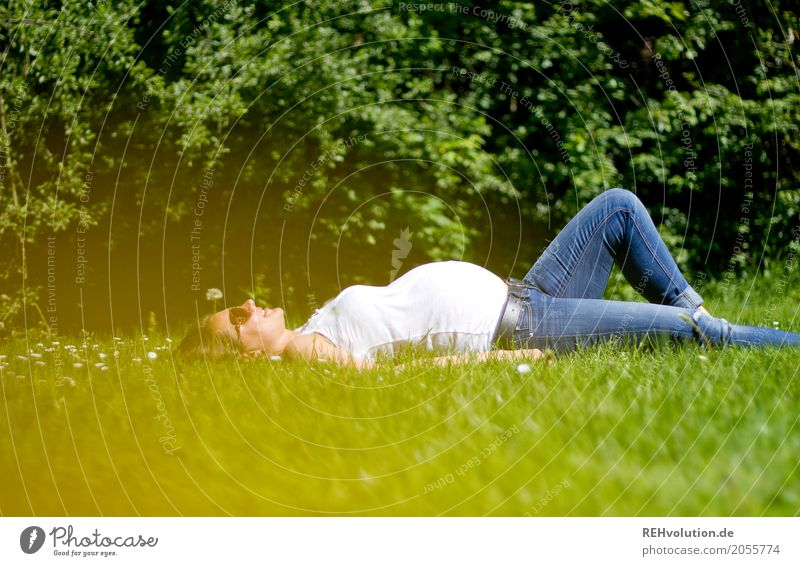 In the green meadow ... Lifestyle Joy Happy Human being Feminine Young woman Youth (Young adults) Woman Adults Mother Family & Relations 1 18 - 30 years