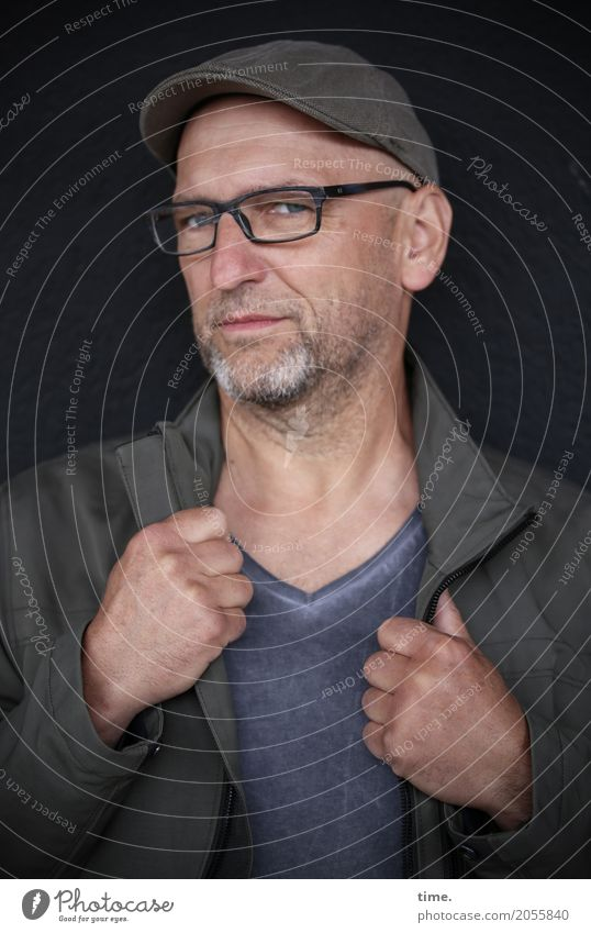 AST 10 | straight Masculine Man Adults Human being T-shirt Jacket Eyeglasses Cap Bald or shaved head Facial hair Observe To hold on Looking Esthetic Dark