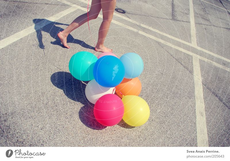 walk. Style Feminine Young woman Youth (Young adults) Skin Legs Feet 1 Human being Parking lot Street Concrete Movement Going Walking Illuminate Playing Stand