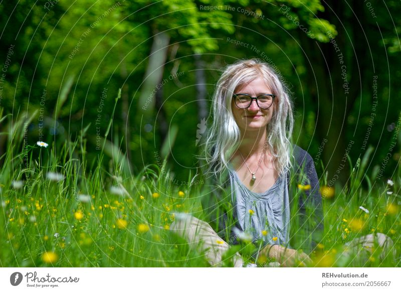 Jule and the buttercups. Style Trip Human being Feminine Young woman Youth (Young adults) Woman Adults 1 18 - 30 years Environment Nature Landscape Park