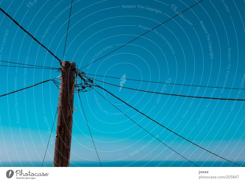 Old Sky Blue Horizon Energy industry Network Technology Cable Telecommunications Electricity pylon Transmission lines Interlaced Connection Cloudless sky