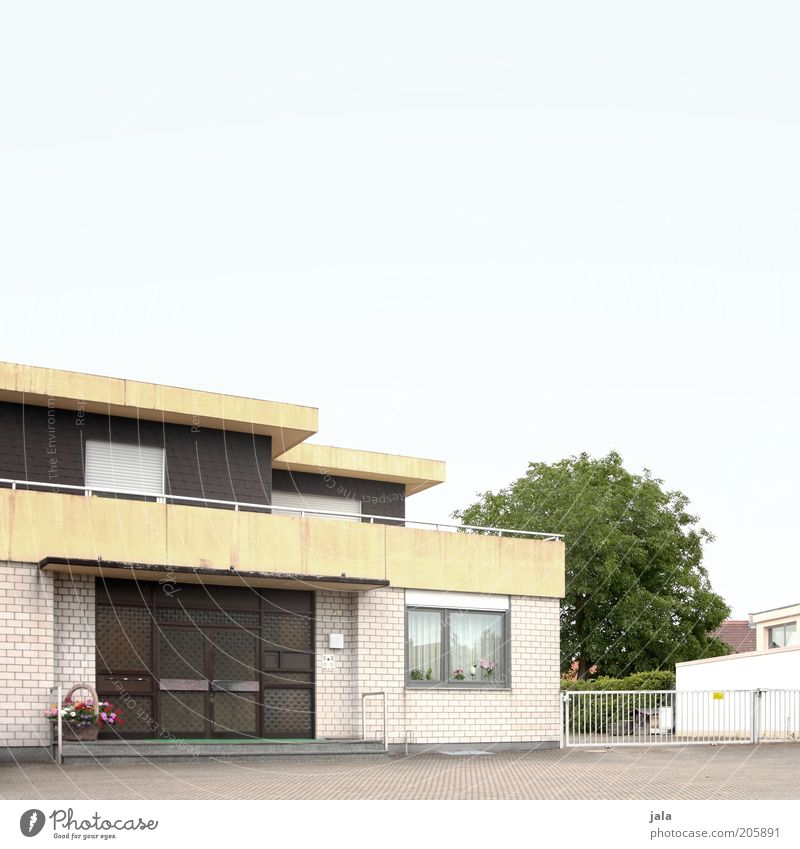 Hans-Albers-Strasse Sky Tree House (Residential Structure) Detached house Facade Balcony Window Door Roof Colour photo Exterior shot Deserted Copy Space top
