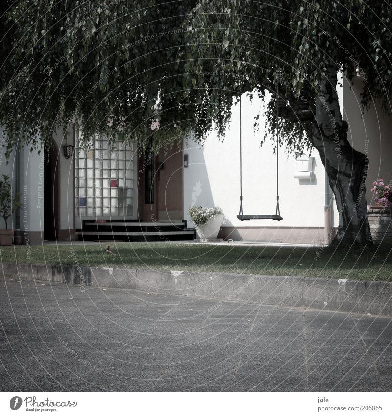 front yard Plant Tree Meadow Detached house Places Building Facade Garden Swing Gray Green White Courtyard Colour photo Subdued colour Exterior shot Deserted
