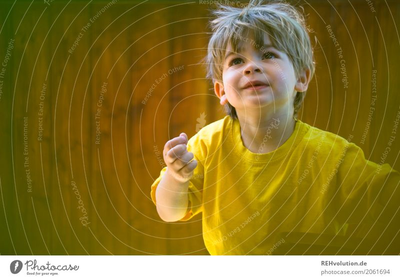Human being Child Joy Face Life Yellow Natural Boy (child) Playing Small Happy Leisure and hobbies Contentment Infancy Authentic Happiness