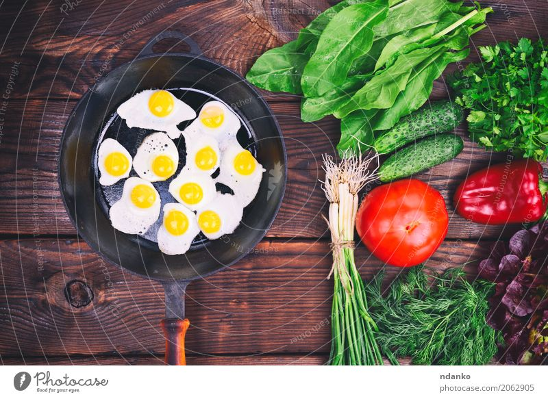 Fried quail eggs Herbs and spices Eating Breakfast Lunch Dinner Pan Kitchen Restaurant Fresh Natural Above Brown Green Red Tradition Onion Dish lettuce pepper