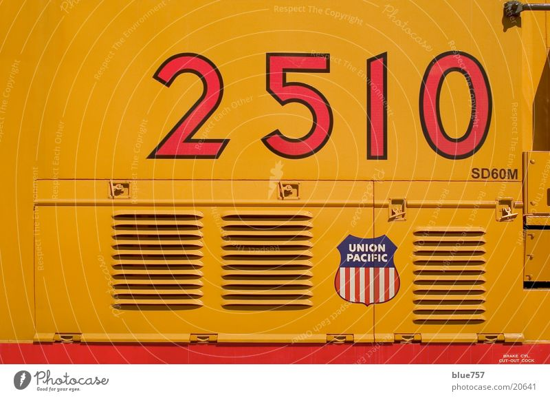 2510 Diesel locomotive Vent slot Logo Yellow Red White Transport union pacific Blue Digits and numbers vents
