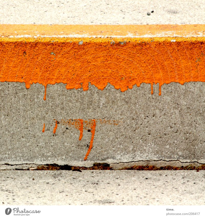 H10.1] - block with blob Concrete Gray Colour Curbside Dye Orange Seam Daub Floor covering Ground Overlay Incomplete Blemish Multicoloured Exterior shot Detail